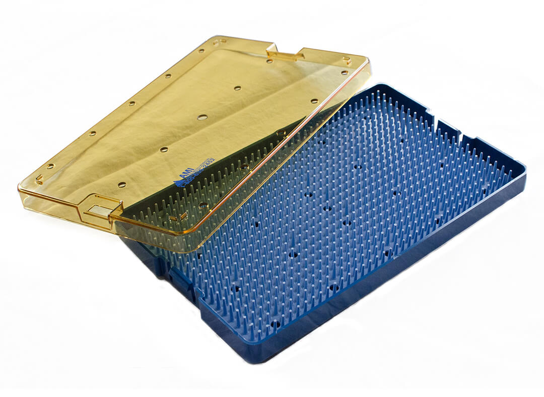 Instrumenttikori, instrumenttilaatikko / Sterilointitray, sterilointilaatikko, sterilointikori